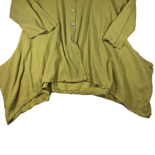 Primary Photo - BRAND: BRYN WALKER STYLE: TOP LONG SLEEVE COLOR: CHARTREUSE SIZE: M SKU: 213-213118-34614