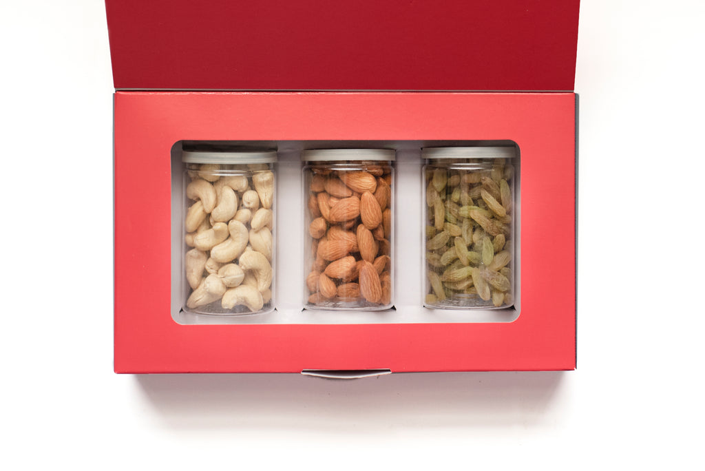 Carnival nuts dry fruit gift box