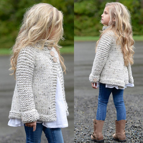 Girl's plain-coloured knit sweater cardigan