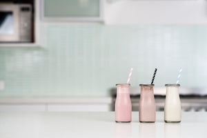Bec Gordon Photography. Mumma Shakes. Breastfeeding. Chocolate, Strawberry & Vanilla. Milk Pantry.