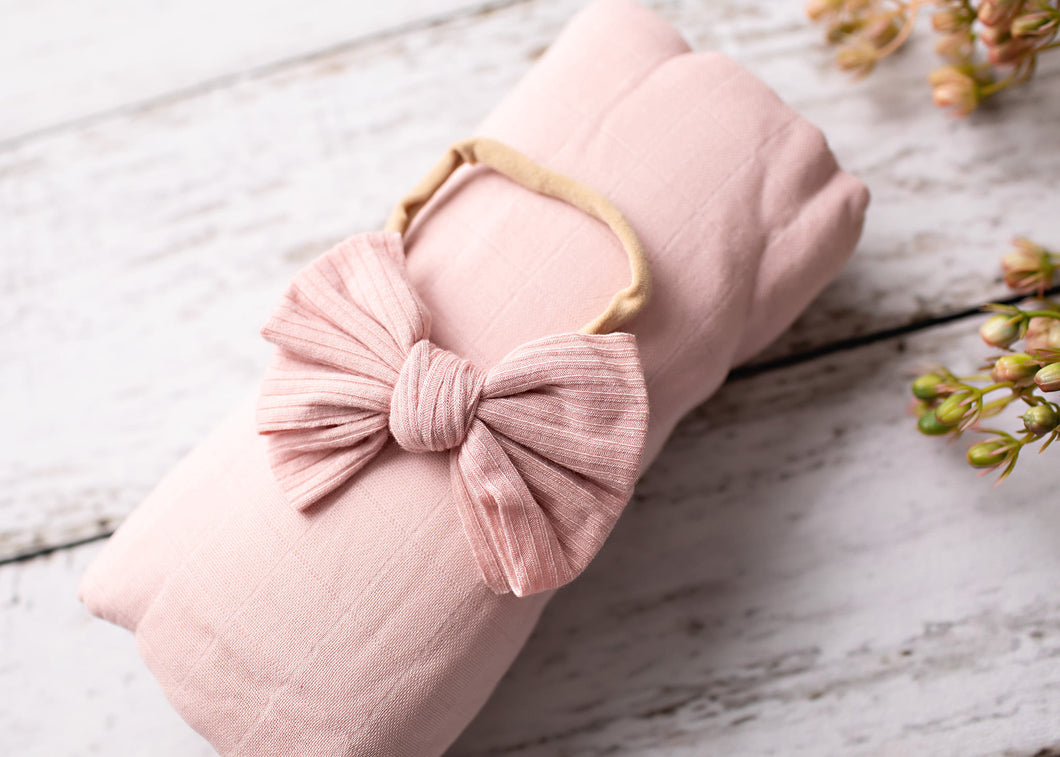 Muslin Wrap - Dusty Pink