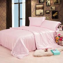 Load image into Gallery viewer, Light Pink 4 Piece Mulberry Silk Bedding Set