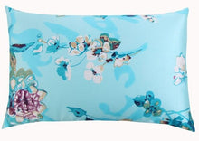 Load image into Gallery viewer, Bluet Mulberry Silk Pillowcase