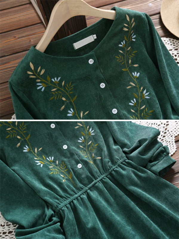 Green Embroidery Long Sleeve Dresses