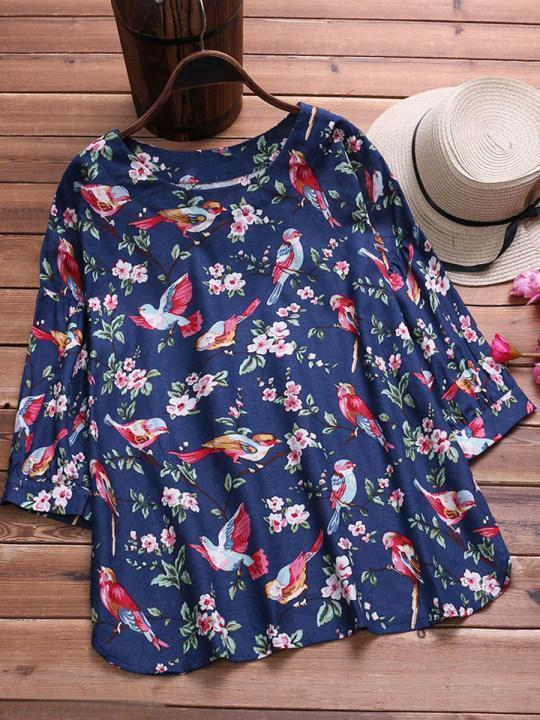 Round Neck Loose Fitting Printed Blouses