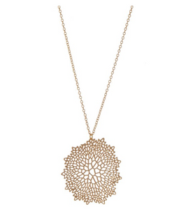 Filigree Cut Necklace - Gold