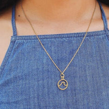 Load image into Gallery viewer, Pura Vida *Wave* Necklace- Gold