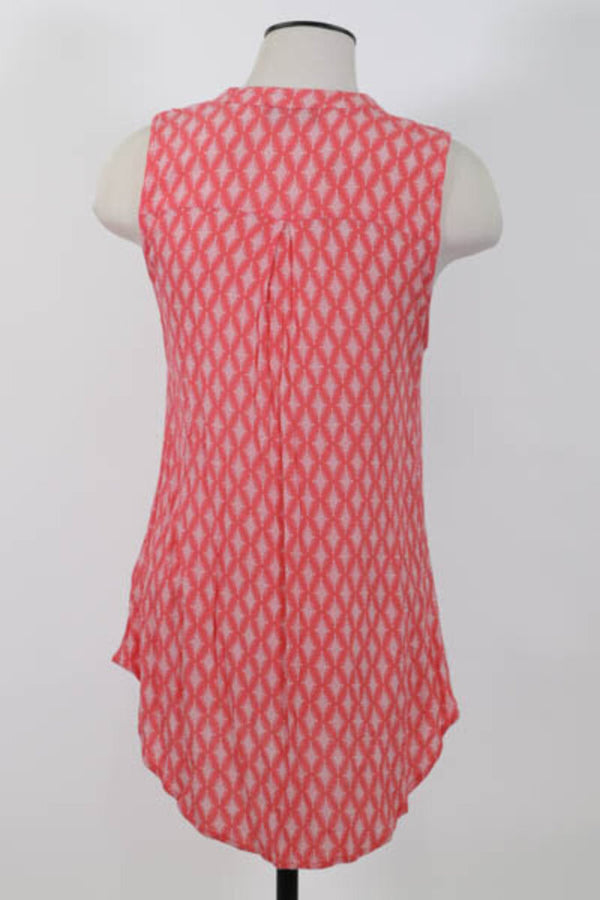 Ladies Top Medium w pocket 03 - LIGHT BLUE 7.50 Live Now Consign