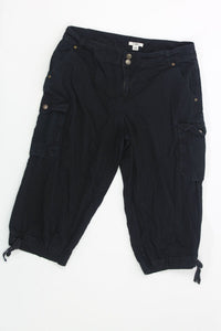 Ladies Capri 12 12 - KELLY WEEK 2.25 Live Now Consign