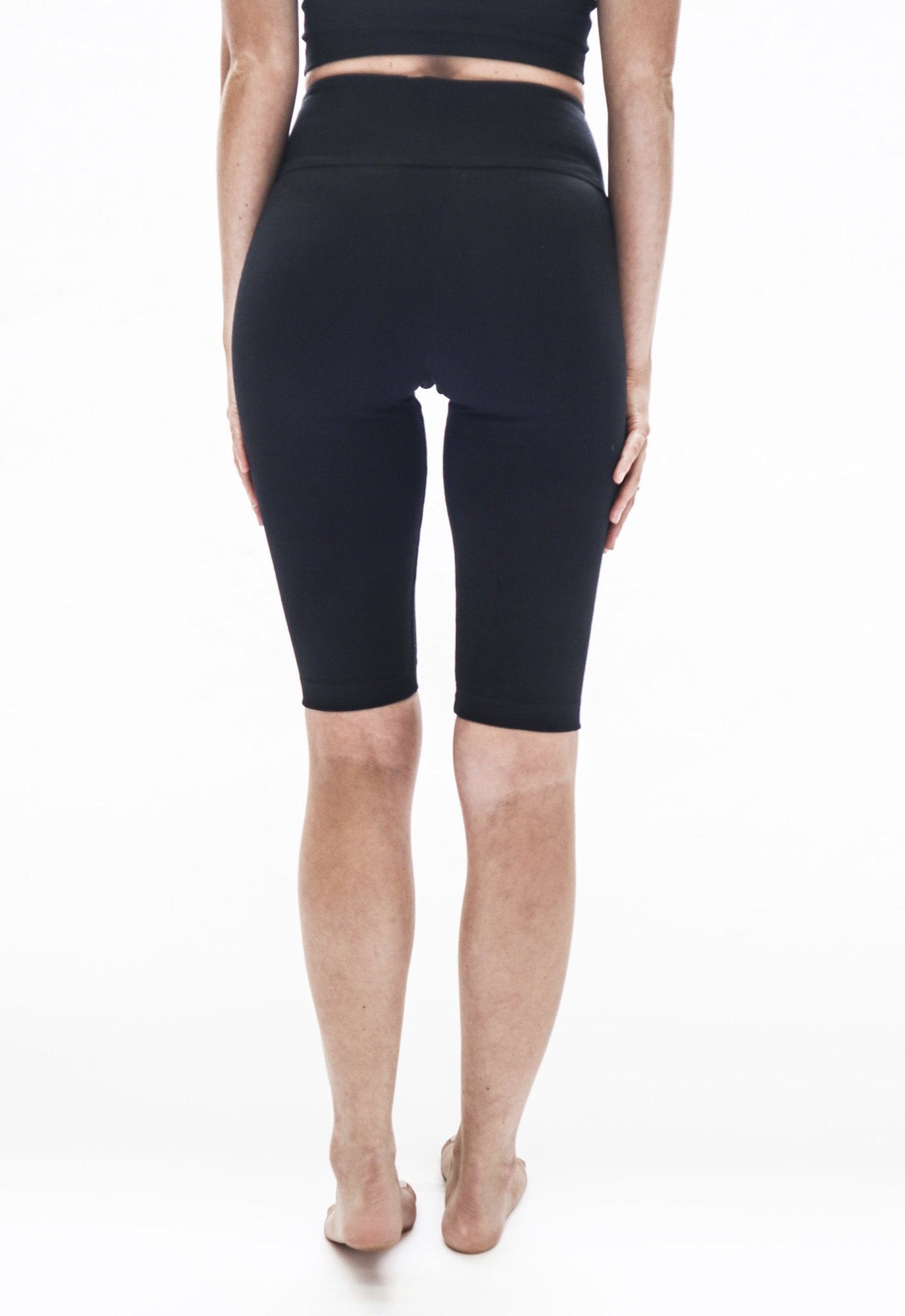 The Roamer Short | Black | Cotton