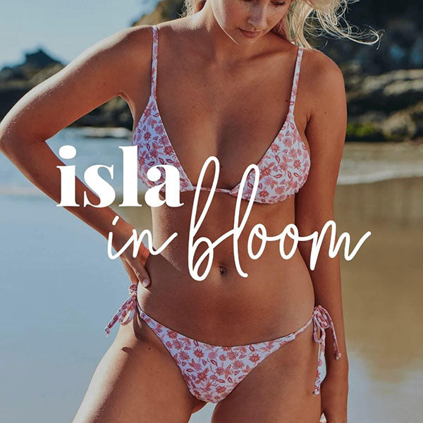 Isla In Bloom