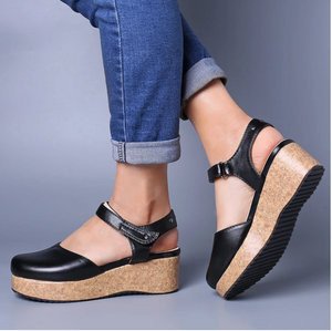 Women Superior Vintage Closed Toe Hook Loop Platform Sandals