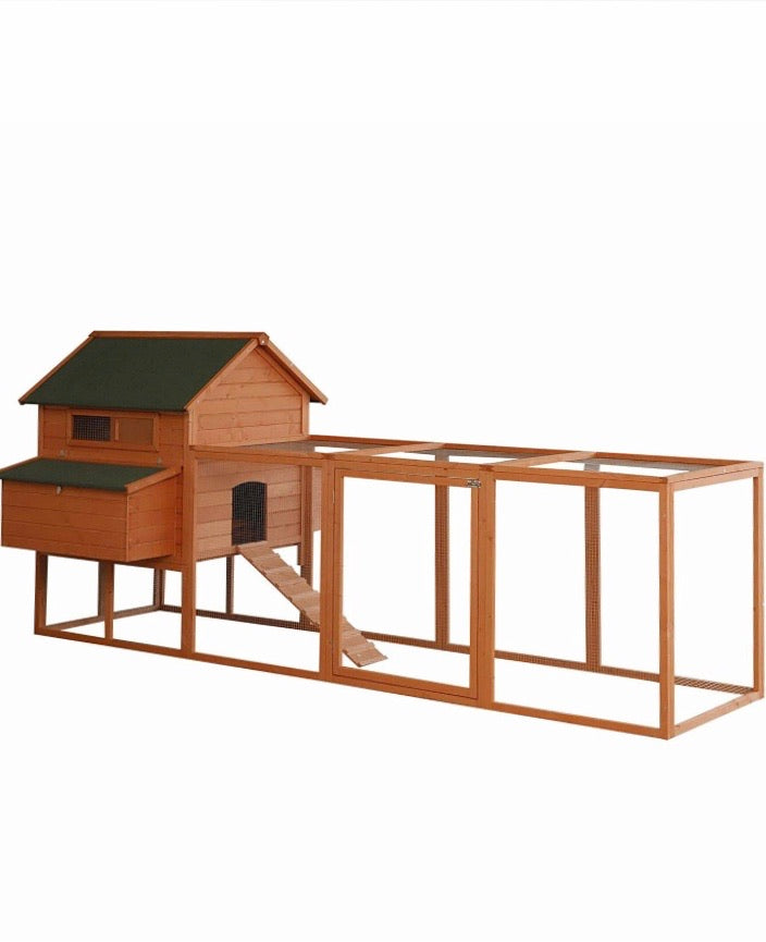 Outdoor Chicken Coop 136""
