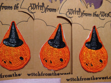 Load image into Gallery viewer, Embroider Pumpkin Witch Iron- on Patch