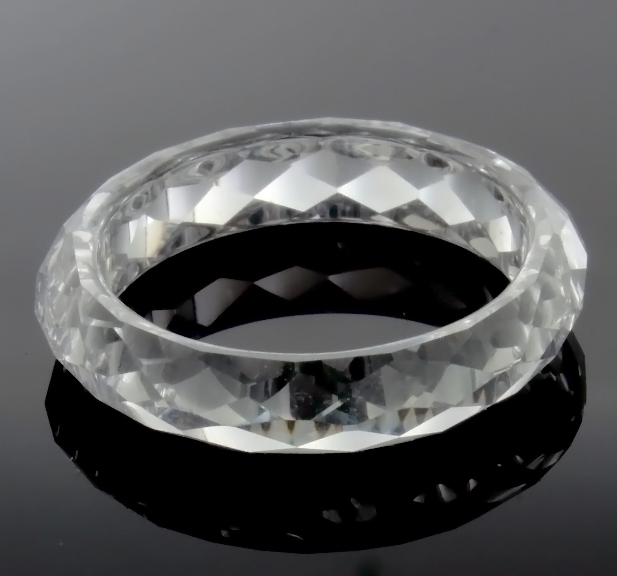 BAND CZ CLEAR SIZE 8 RING
