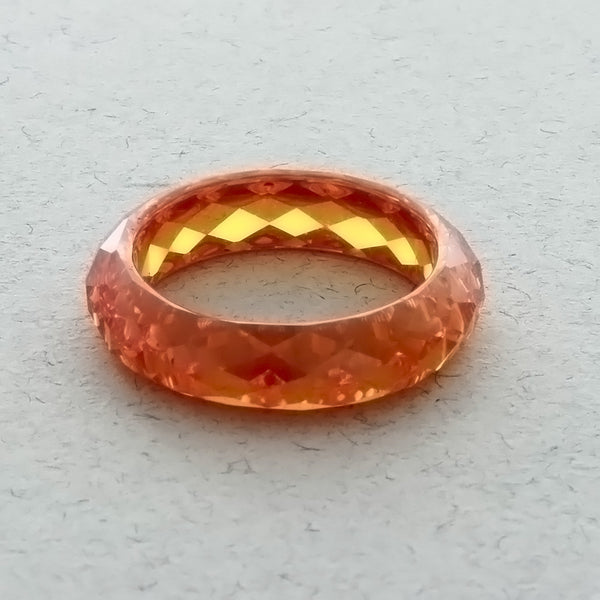 BAND CZ ORANGE SIZE 8 RING