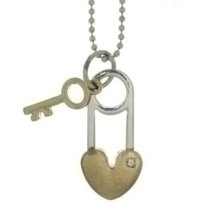 CHAIN CHARM LOCK & KEY NECKLACE