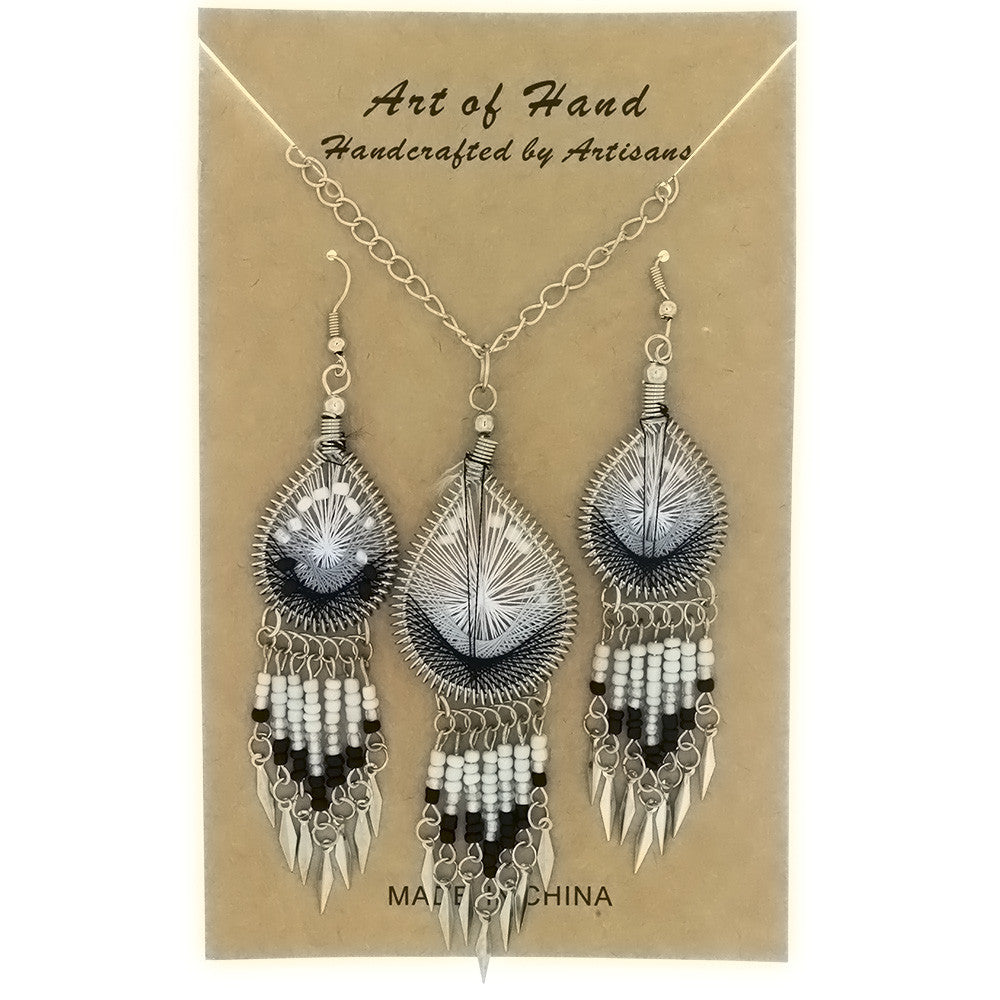 SET CHAIN SYNTHETIC DREAMCATCHER B & W EARRING & NECKLACE