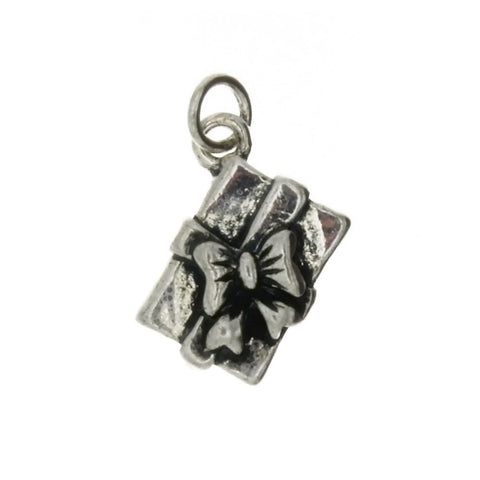 NOVELTY GIFT BOX 9 X 10 MM PEWTER CHARM