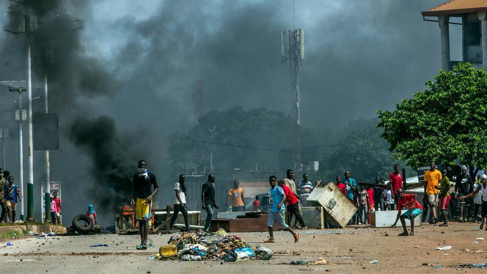 Feature News: Guinea braces for further unrest as opposition contests election results