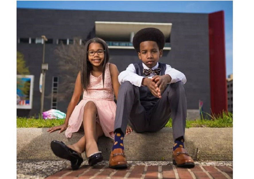 Feature news: The Brother-Sister Team Teaching Other Kids About Stock Market