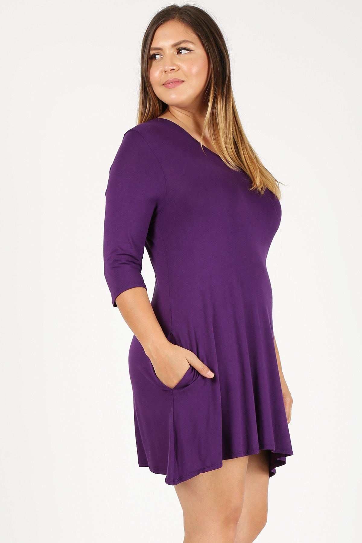 Women's Plus Size Loose Fit V-neckline Solid 3/4 Sleeve Side Pockets Flare Hi-low hem Dressy Tunic Tops