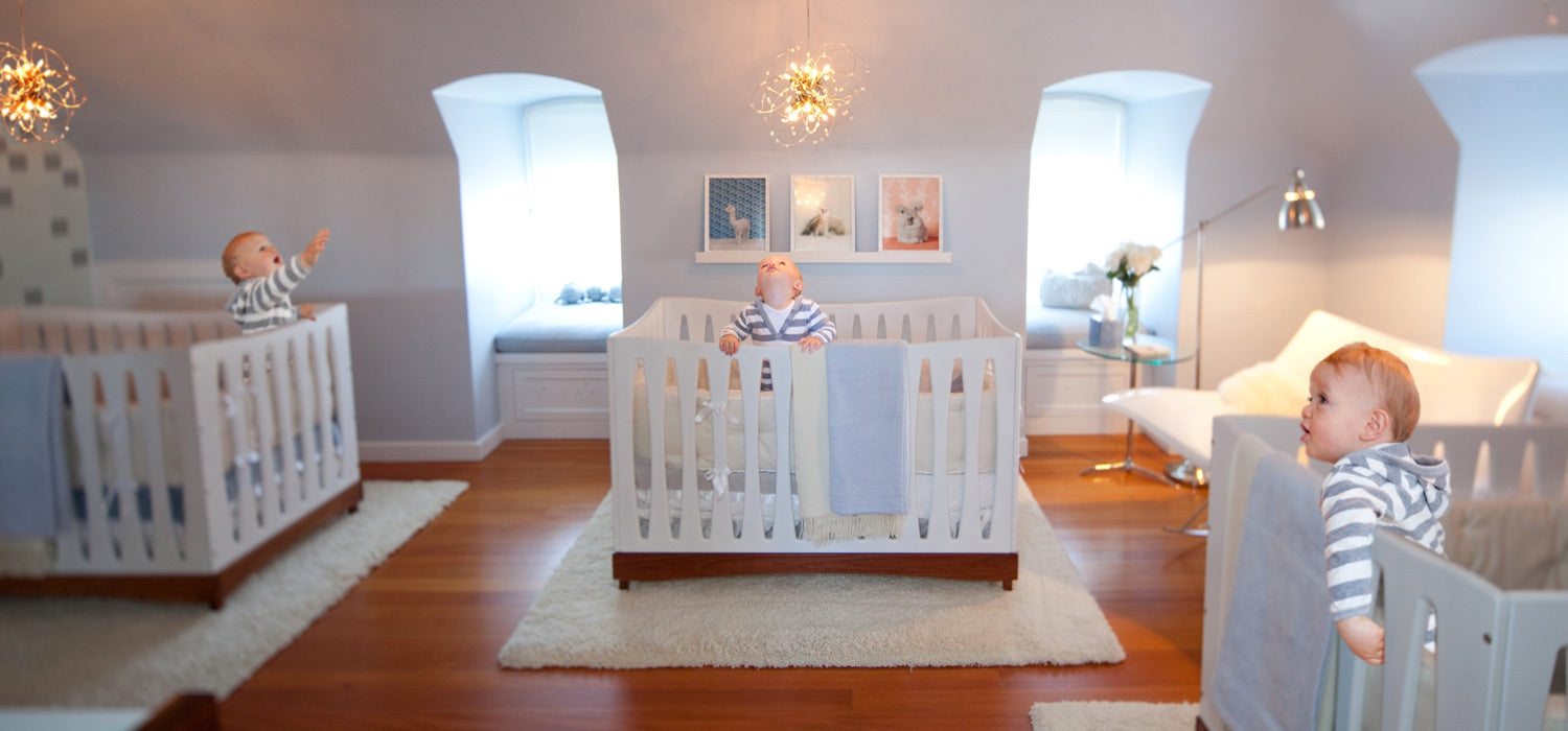 How to decorate a baby's nursery using lighting fixtures