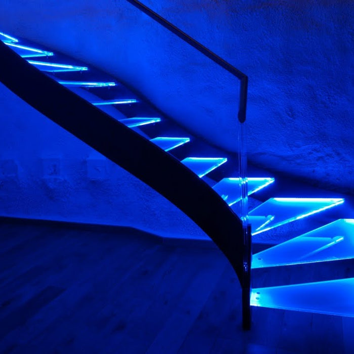 4 Ultimate Stairway Lighting Ideas