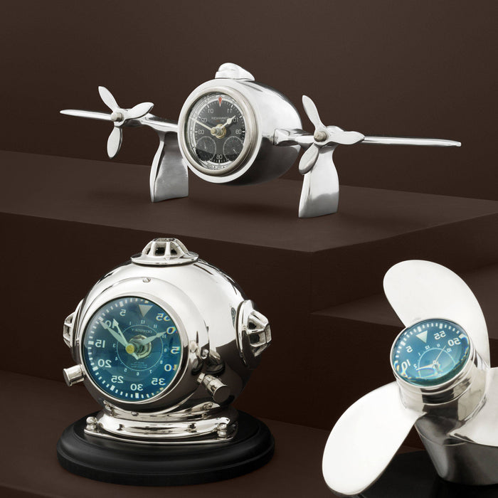 Buy online latest and high quality Commander Clock from Eichholtz | Modern Lighting + Decor