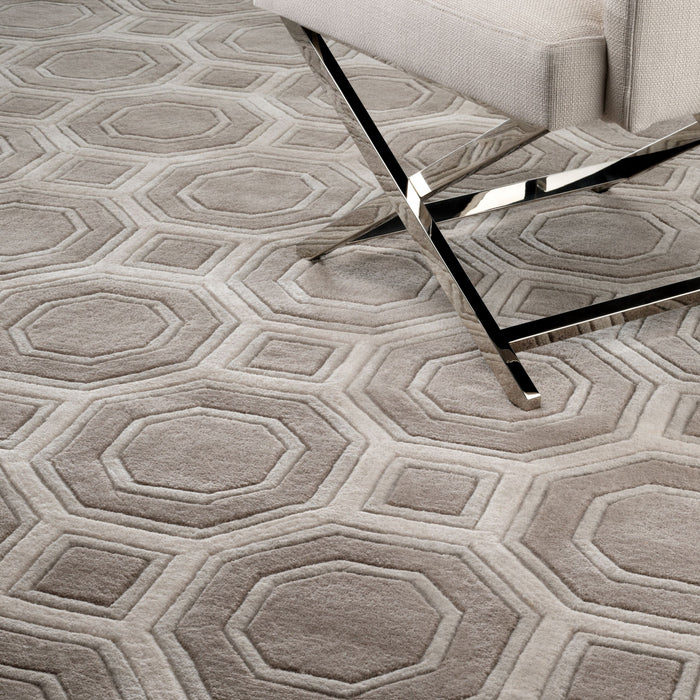 Buy online latest and high quality Shaw 200 x 300 cm Carpet from Eichholtz | Modern Lighting + Decor