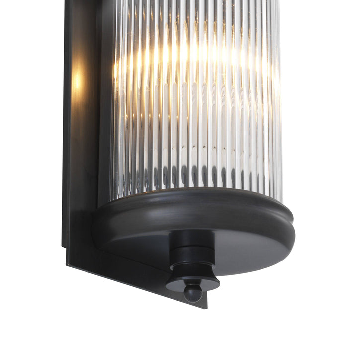 Glorious L Wall Lamp