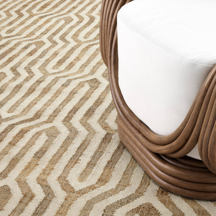 Buy online latest and high quality Fontaine 300 x 400 cm Carpet from Eichholtz | Modern Lighting + Decor
