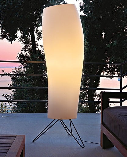 Buy online latest and high quality Warm outdoor floor lamp from Karboxx | Modern Lighting + Decor