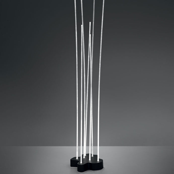 Buy online latest and high quality Reeds Outdoor Floor Lamp from Artemide | Modern Lighting + Decor
