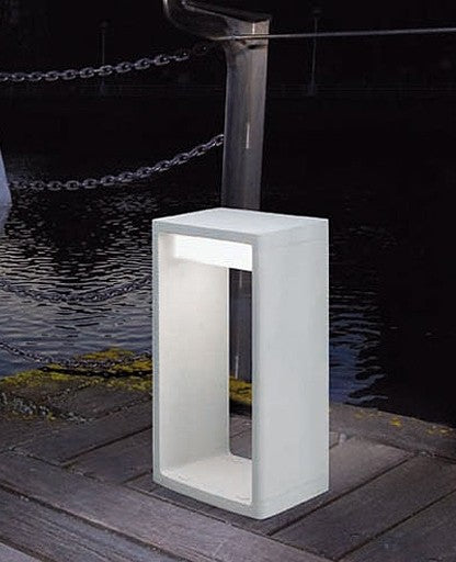 Buy online latest and high quality Frame Outdoor Floor Lamp from B.Lux | Modern Lighting + Decor