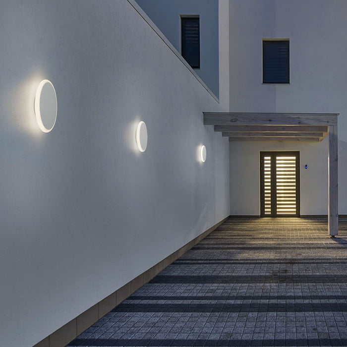 Buy online latest and high quality Solo Wall Light from Helestra | Modern Lighting + Decor