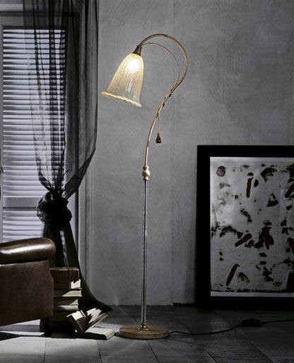 760 Floor Lamp from ITALAMP | Modern Lighting + Decor