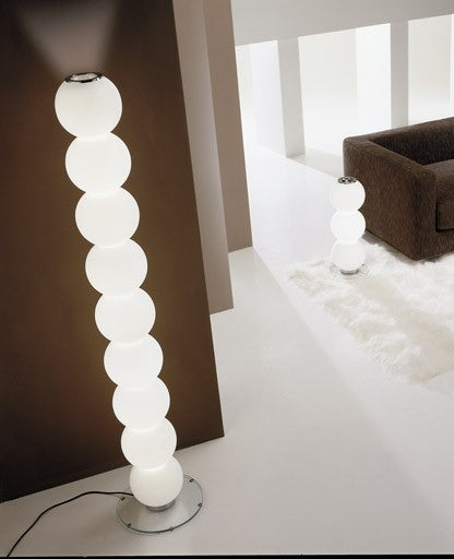 Perlage R9 Floor Lamp from De Majo | Modern Lighting + Decor