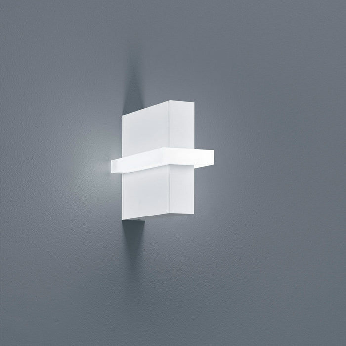 Buy online latest and high quality Oki Wall Light from Helestra | Modern Lighting + Decor