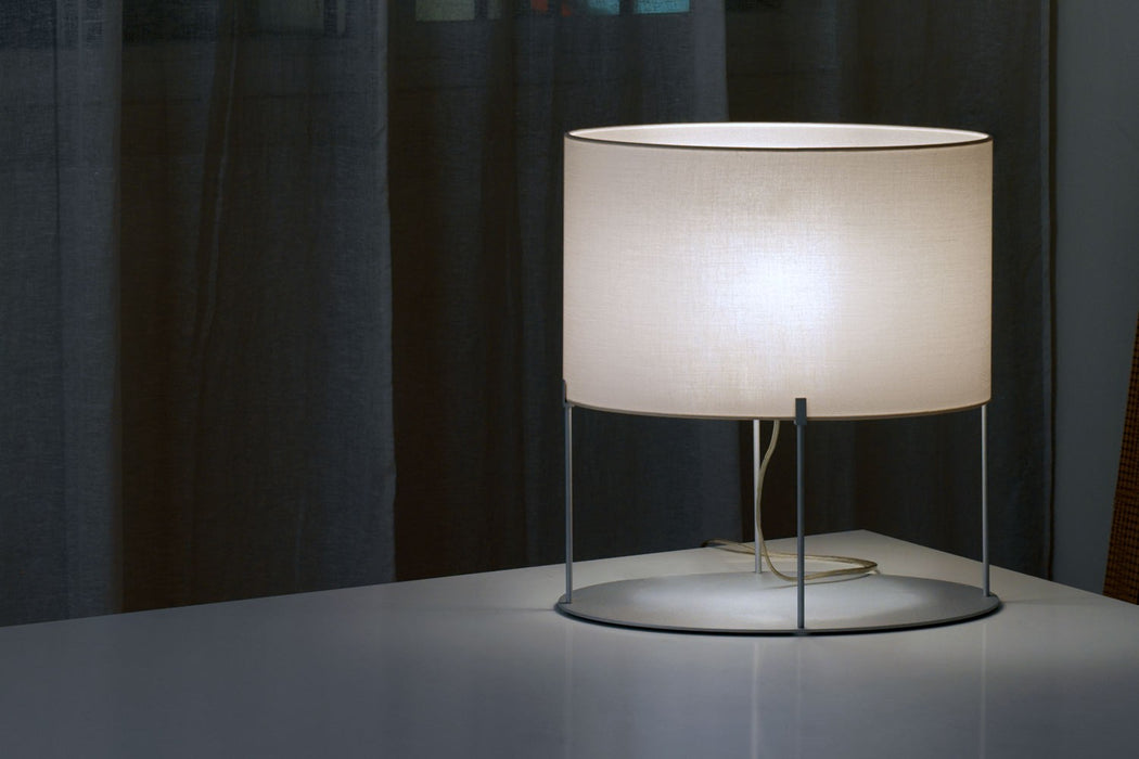 Minnie Ovale table lamp from Modoluce | Modern Lighting + Decor