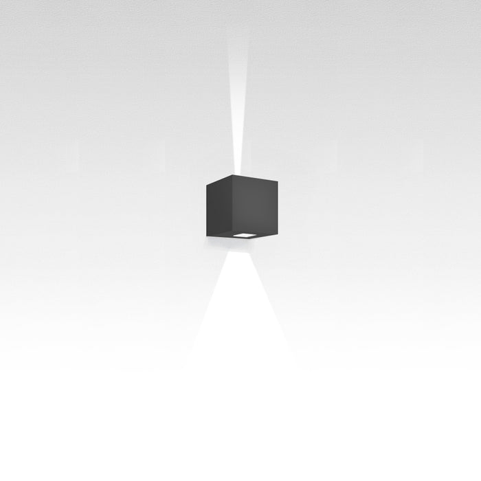 Buy online latest and high quality Effetto Square 1x15 Degree 1x90 Degree Outdoor Wall Light from Artemide | Modern Lighting + Decor