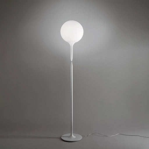 Castore Floor Lamp from Artemide | Modern Lighting + Decor
