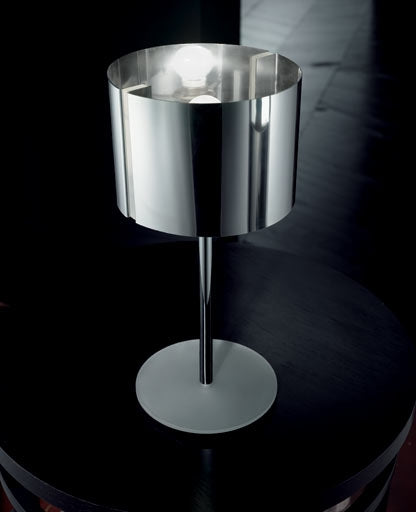 Reflex table lamp LT 1001/35 from Sillux | Modern Lighting + Decor