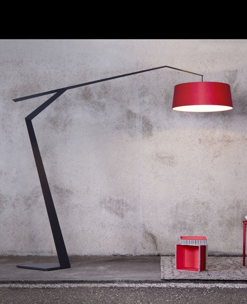 Buy online latest and high quality Grus Floor Lamp from Lumen Center Italia | Modern Lighting + Decor