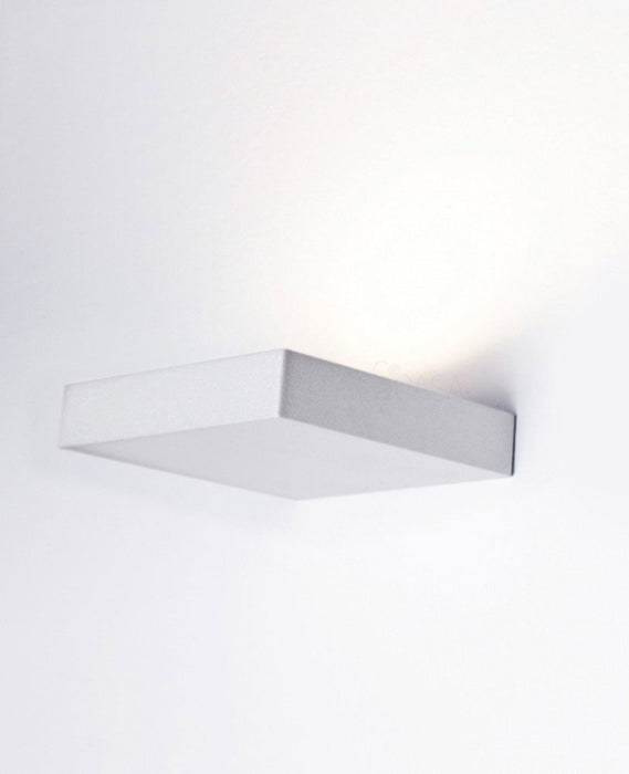 Segno Quadro Wall Light from Lumen Center Italia | Modern Lighting + Decor