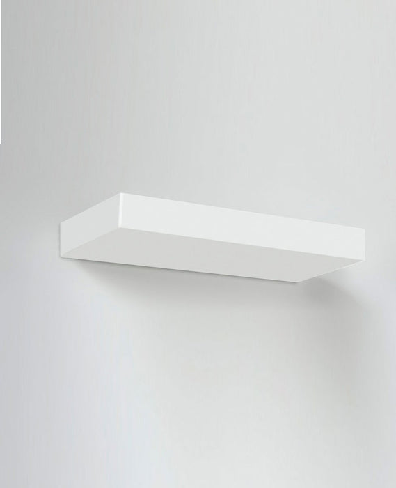 Buy online latest and high quality Segno Retto Wall Light from Lumen Center Italia | Modern Lighting + Decor