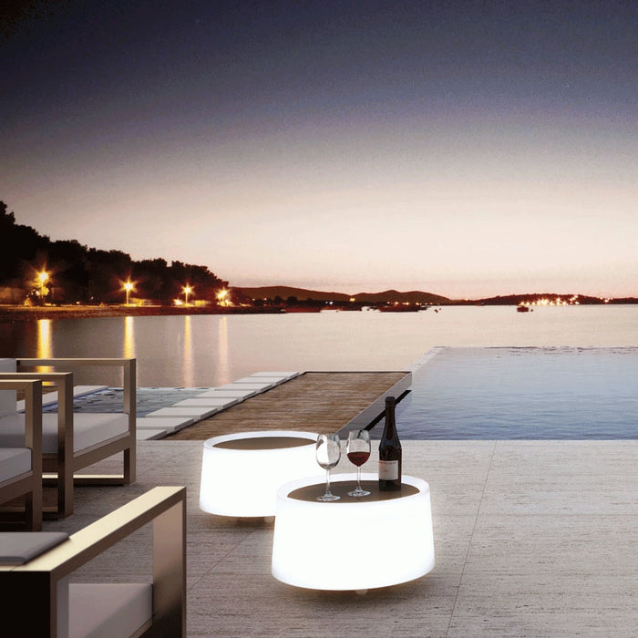 Buy online latest and high quality Dot M-2907 Floor Lamp from Estiluz | Modern Lighting + Decor