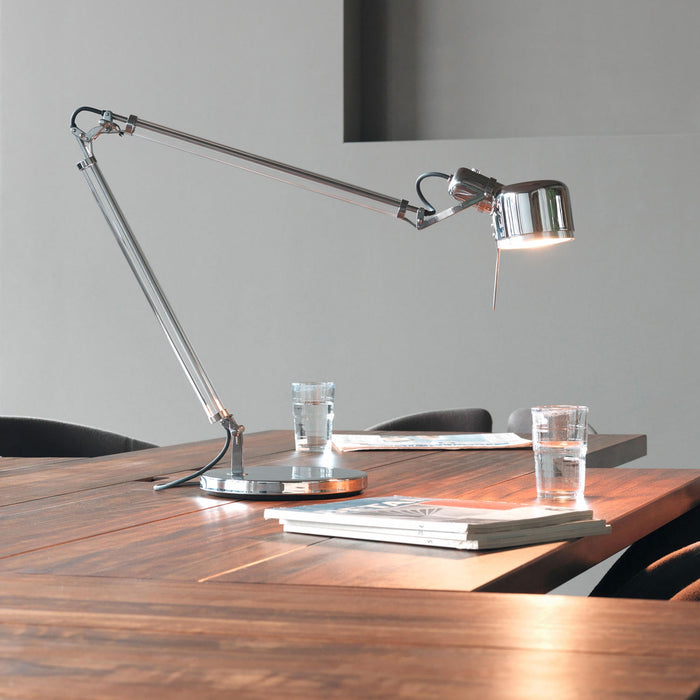 Buy online latest and high quality Job Table Lamp with Base from Serien Lighting | Modern Lighting + Decor