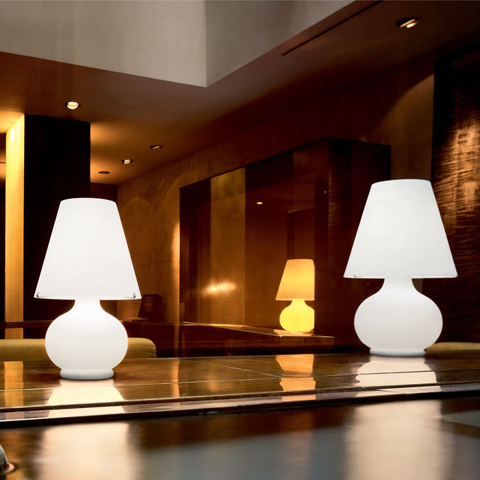 Paralume T Table Lamp