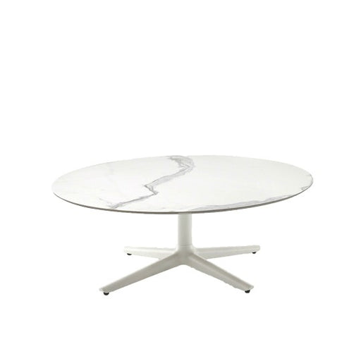 Multiplo Low Outdoor Table with 4 Spokes from Kartell | Modern Lighting + Decor